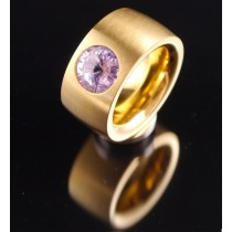 14mm PVD Gold Edelstahlring mit Swarovski Elements Fb. Violet light